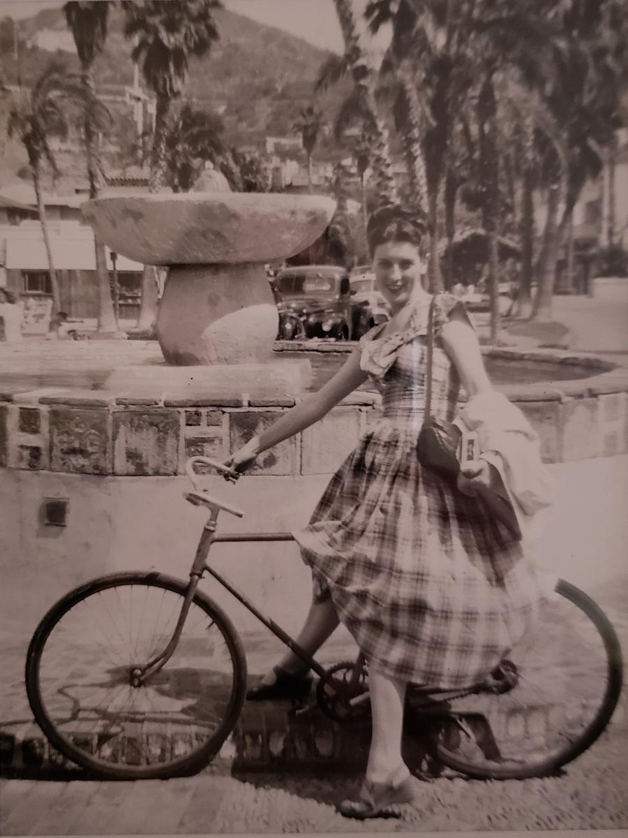 Joan Karbo
